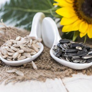 Можно ли грызть семечки во время грудного вскармливания