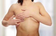 Что может болеть под правой грудью: обзор всех причин