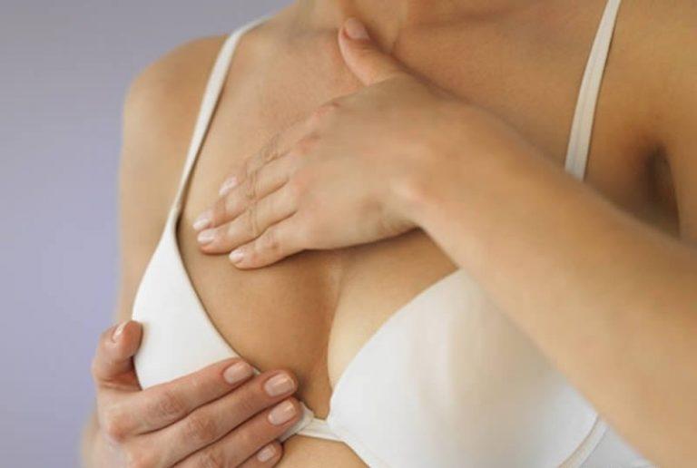 Болит грудь у кормящей мамы