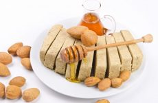 Можно ли кушать халву во время лактации: выбор сорта + рецепты домашнего лакомства