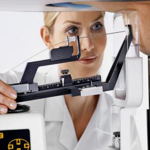 Дуктография молочной железы: кому показана и как проводится
