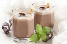 Можно ли пить какао во время ГВ: полезные свойства и советы по выбору
