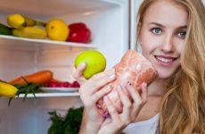 Какую колбасу и сосиски можно кушать во время кормления грудью