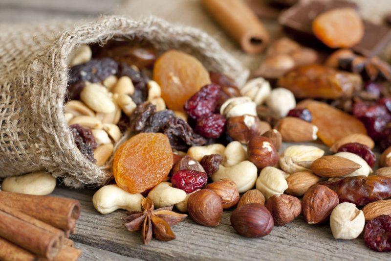 Орехи при гв