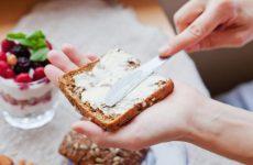 Сливочное масло для кормящей мамы: можно или нет, какое выбрать
